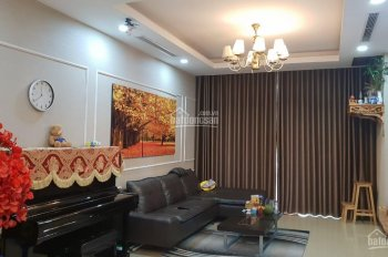 Bán lại căn hộ 3PN 131,4m2 căn góc tòa R4 tầng 4 Royal City - 72 Nguyễn Trãi