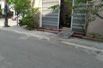 Cho thuê nhà 2 tầng 2 mặt tiền Phan Đăng Lưu, Hải Châu (lô góc cho xây dựng đập phá)