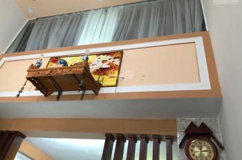 Cho thuê nhà đẹp 4x9m, trệt lửng lầu, 2 phòng ngủ