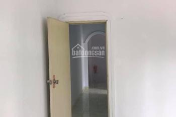 Cho thuê nhà 1 trệt, 1 lầu, 3 phòng ngủ phường Phú Lợi, Thủ Dầu Một, Bình Dương. Giá: 6tr/tháng