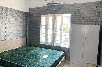 Phòng full nội thất Lâm Văn Bền Quận 7, 22m2, có bếp, xe hơi tận cửa, cọc ít, cần cho thuê gấp