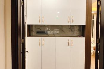 Chính chủ cho thuê căn hộ 2PN tại KĐT Nghĩa Đô ngay Cầu Giấy đủ đồ cơ bản. LH 0818111135