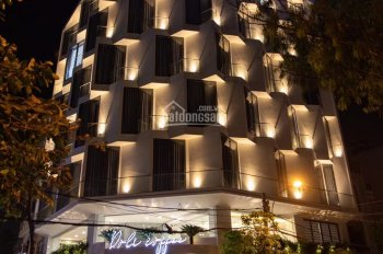Cho thuê căn hộ dịch vụ mới xây cách Lotte Mart 300m, full nội thất mới, khu an ninh bảo vệ 24/24