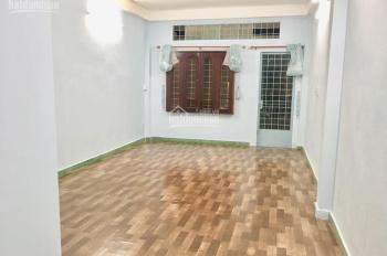 Cho thuê phòng đẹp, diện tích 36m2 giá rẻ chỉ 5,7 tr/th mặt tiền Nguyễn Cửu Vân - LH: 0937868407