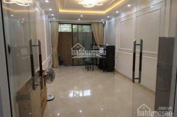 Cho thuê nhà phân lô Nguyễn Ngọc Nại - gần Vương Thừa Vũ. Nhà gồm 2 nhà: Xây 65m2*3T, nhà 45m2*3T