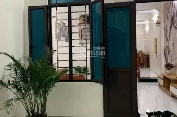 Chính chủ bán nhà 3 tầng lô góc 60m2 ngõ phố Quyết Thắng, Bình Hàn, giá 1650tr. ĐT 0904469345