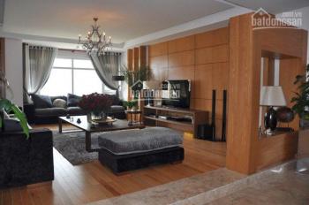 Tôi cần bán chung cư Royal City 72 Nguyễn Trãi. 132m2, 3PN, căn góc, NT hiện đại, 5.5 tỷ