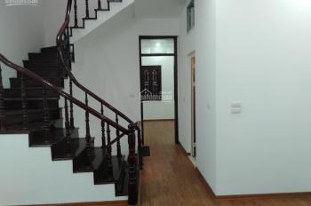 Giá 13tr/tháng, DT 55m2 x 4 tầng, 1 tum Cho thuê nhà KĐT Đại Kim, đường Nguyễn Cảnh Dị, 0963376379