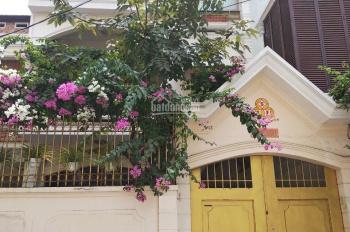 Cho thuê Villa đường Nguyễn Minh Hoàng P. 12, Tân Bình. Diện tích: 7x21m 1 trệt 2 lầu