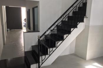 Cho thuê nhà mới mặt tiền đường Nguyễn Chích, Nha Trang, gần CC Bình Phú