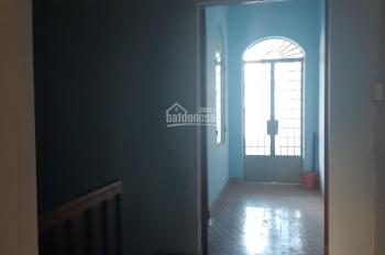 Cho thuê nhà nguyên căn mặt tiền Lý Thánh Tôn, khu vực kinh doanh sầm uất, Nha Trang.
