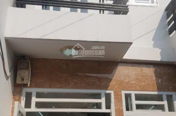 Bán nhà 1 trệt, 1 lầu đường HT05, Nguyễn Ảnh Thủ, quận 12, giá 850tr/ SD 40m2, LH: 0901363521