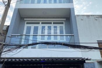 Bán nhà hình thật HXH Lạc Long Quân, Quận 11, 4m x 16m, 3 lầu, giá: 5 tỷ