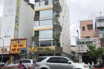 Cần cho thuê nhà mặt tiền Trần Hưng Đạo, Quận 1 góc Bùi Viện DT 8.5x20m 5 tầng chỉ 190 triệu