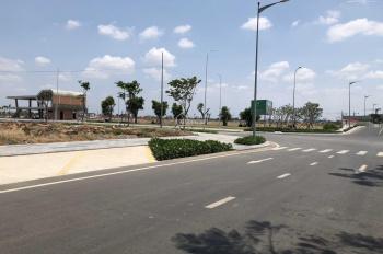 Bán nhanh 90m2 MT đường Nguyễn Hoàng. Q.2, TT 2 tỷ, xây dựng liền, sổ đỏ riêng. LH 0934088943