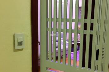 Do nhu cầu công tác vào Nam, gia đình tôi cần bán lại căn hộ full nội thất chung cư Phú Sơn