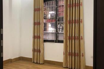 Cho thuê nhà phố Tân Mai ô tô đỗ cửa diện tích 45m2 x 5 tầng, giá 9 triệu/th
