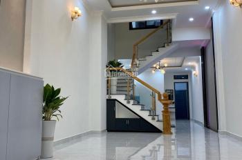 Nhà mới hoàn thiện 1 trệt 3 lầu ngay đường Lê Văn Chí, Linh Trung, Thủ Đức giá 7.9 tỷ