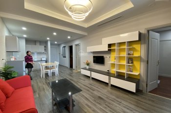 Mới - cần bán căn hộ 3 phòng ngủ tòa R6 Royal City 115m2 giá 4.9 tỷ. LH Tuấn 0799998982