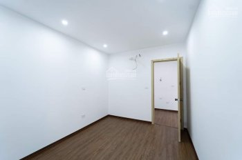 Cần cho thuê căn hộ 2 phòng ngủ Tháp Doanh Nhân Hà Đông 6 tr/tháng. LH: 0986.899.803