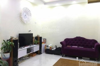 Em cần bán căn 2 ngủ tầng 33 CT12 Kim Văn Kim Lũ nhà thoáng đẹp full đồ ở ngay, giá 940 triệu