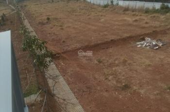 Nhà kẹt tiền bán gấp lô đất biệt thự 10x20m, full thổ cư