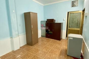 Cho thuê phòng full nội thất. Địa chỉ: 903 đường 3 Tháng 2, Quận 11, giá: 3.9 triêu/tháng