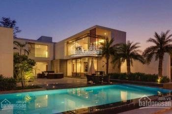 Cần cho thuê gấp biệt thự sân vườn Phú Mỹ Hưng, giá tốt nhất hiện nay 30 triệu. LH 0918360012