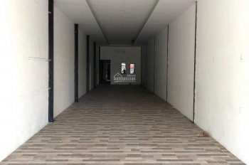 Cho thuê nhà nguyên căn mặt tiền Nguyễn Ái Quốc, BH diện tích: 4x45m, hướng Đông Nam. Giá 15tr