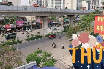 Bán nhà mặt phố Nguyễn Trãi - vỉa hè cực rộng - đối diện Royal City - 4 tầng - giá 3,6 tỷ