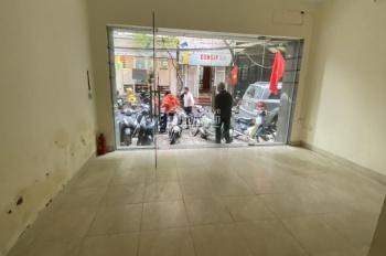 Chính chủ cho thuê gấp nhà riêng ngõ 178 Thái Hà: DT: 50m2 x 5 tầng, MT 5m giá 30 triệu/ tháng