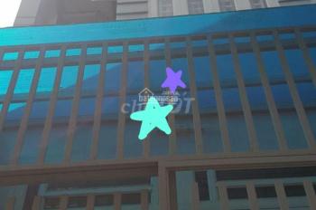 Nhà 1 trệt, 2 lầu, đường Trần Văn Đang, P11, Q 3 mới đẹp