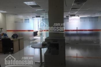 Cần cho thuê 120m2 tầng 1 tại tòa nhà hạng B Duy Tân giá chỉ 243ng/m2/th đã bao gồm VAT, 0982370458
