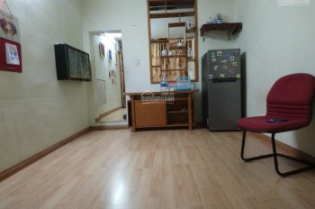 Cho thuê nhà tại tầng 3, C10 khu tập thể Kim Liên. DT 35m2, đầy đủ nội thất, giá 4tr/tháng