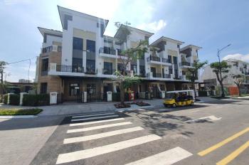 Bán nhà mặt phố khu trung tâm Q9, mặt tiền đường 24m, nhà 1 trệt 3 lầu, tặng kèm gói nội thất 1 tỷ