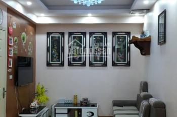 Bán căn hộ 2 phòng ngủ 63m2 tòa HH3C view chếch hồ Linh Đàm giá 950 triệu đủ nội thất.