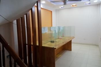 Cần bán nhà 2 tầng 37m2 tại Trần Phú Hà Đông cách ô tô 10m giá 2,35 tỷ