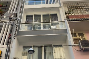 Cho thuê nhà nguyên căn hẻm lớn 429/8 đường Lê Quang Định Quận Bình Thạnh. Liên hệ: 0978605717