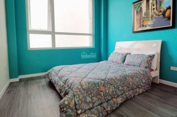 Cho thuê nhà full nội thất đẹp phố Vạn Bảo 40m2x5t MT 4m, 4PN khách chỉ việc ở giá 17 tr/th