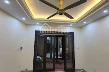 Cần bán nhà mới xây Thạch Bàn, Long Biên, 48m2, 4 tầng, mặt tiền 5m, giá gần 4 tỷ, 0364933686