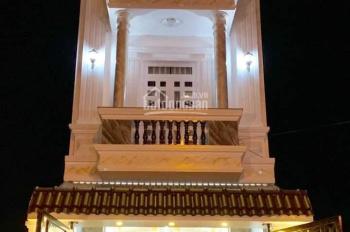 Cần tiền gấp nên bán nhà 2 MT Bàu Cát (4x15m), 4 tấm, vuông vức giá chỉ: 9.2 tỷ, LH 0904208012