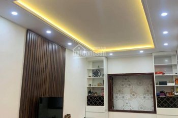 Chính chủ bán nhà riêng Thái Thịnh nhà đẹp ở ngay 50m2 x 3 tầng 5.9 tỷ, LH 0904.556.956 miễn MG