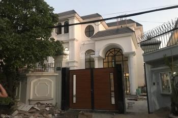 Chính chủ gửi bán biệt thự 337m2 số 90/2 Quốc Hương, Thảo Điền, giá 50 tỷ, LH 0896451168 Thành