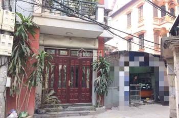 Bán nhà Nguyễn Khang diện tích 50m2, xây dựng 4 tầng, mặt tiền 3.5 m, giá bán 5,2 tỷ. LH 0913456263