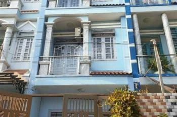 Bán nhà 1 trệt 2 lầu 4x17m, giá 4.1 tỷ (TL), HXH đường Huỳnh Thị Hai, P. TCH, Q12. LH: 0933805479