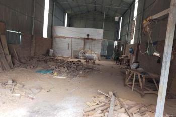 Cho thuê nhà xưởng giá rẻ DT 250m2, đường 419 cầu 72 Quốc Oai - Hà Nội, LH: A. Cương: 0988825565