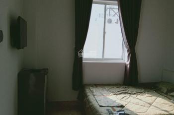 Cho thuê phòng trọ ngay chợ Tân Quy Quận 7, 20m2, WC riêng, có nội thất, giá 4 triệu/tháng