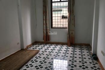Cho thuê nhà ngõ 115 Nguyễn Văn Trỗi, Thanh Xuân, 45m2x3T, giá 5tr/th