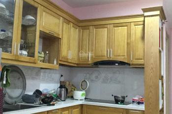Cần bán gấp căn hộ 65 No08 Giang Biên, Long biên. Liên hệ o0979365679