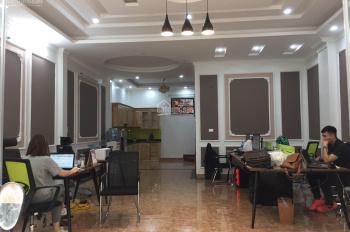 Cho thuê nhà phố Tạ Quang Bửu, Hai Bà Trưng, DT 80m2 x 5.5T, MT 8m, nhà mới xây, có thang máy